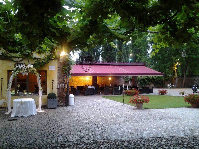 Location Con Piscina In Provincia Di Torino Matrimoni E Feste