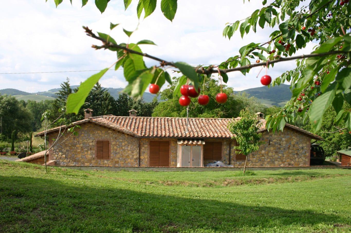 La collina dei ciliegi acquapendente viterbo area events for Piani di casa in stile country di collina