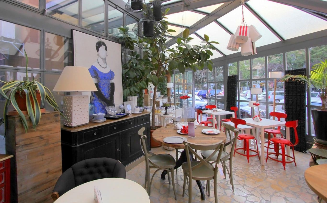 interior design caf milano area events