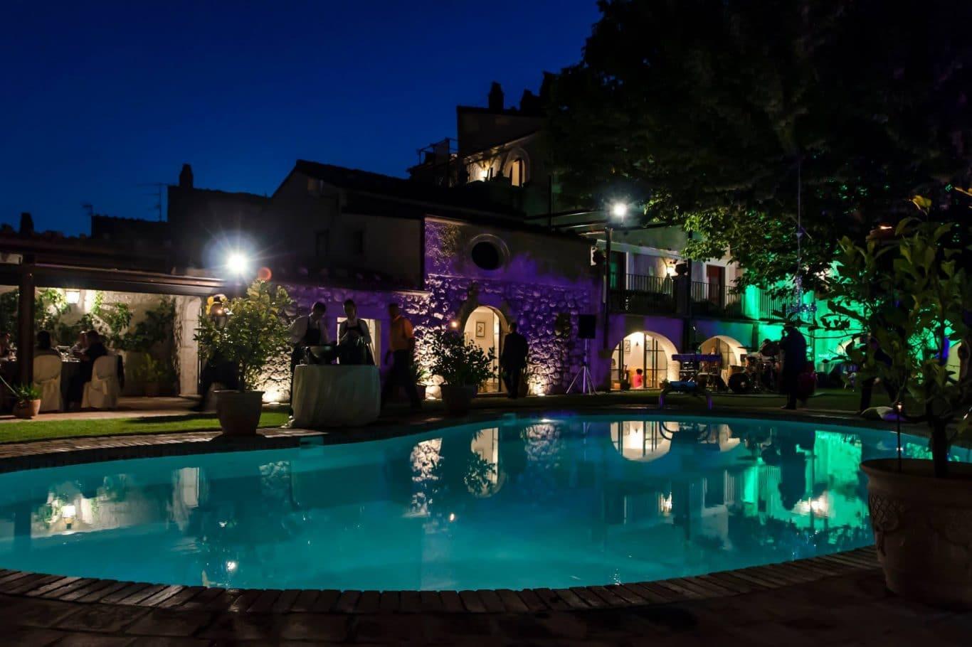 Palazzo massone san lorenzello benevento area events for Piscina arcore