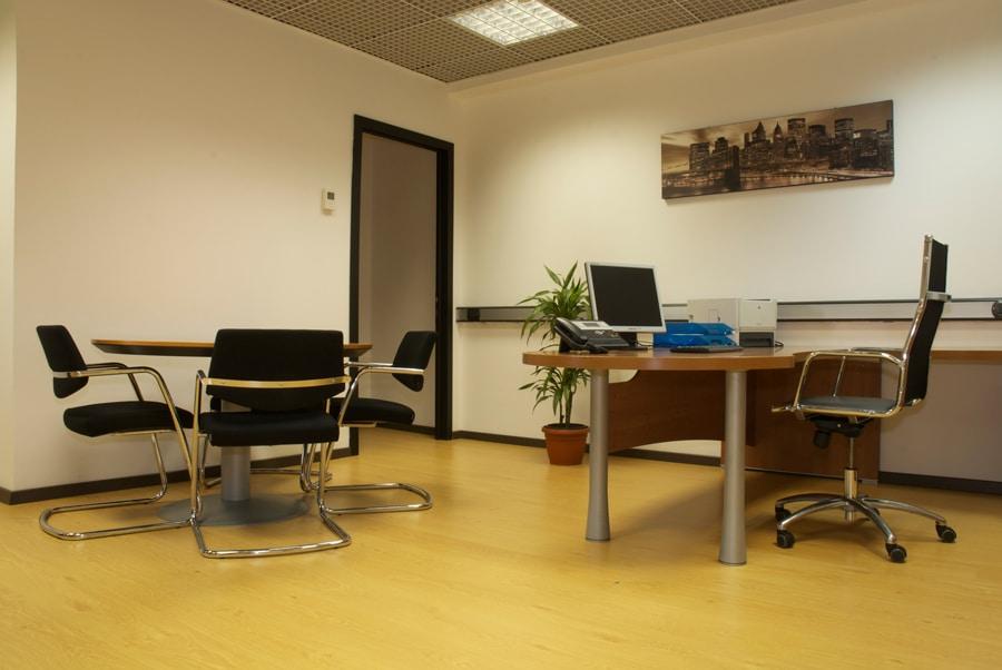 Tp center uffici arredati roma area events for Uffici arredati