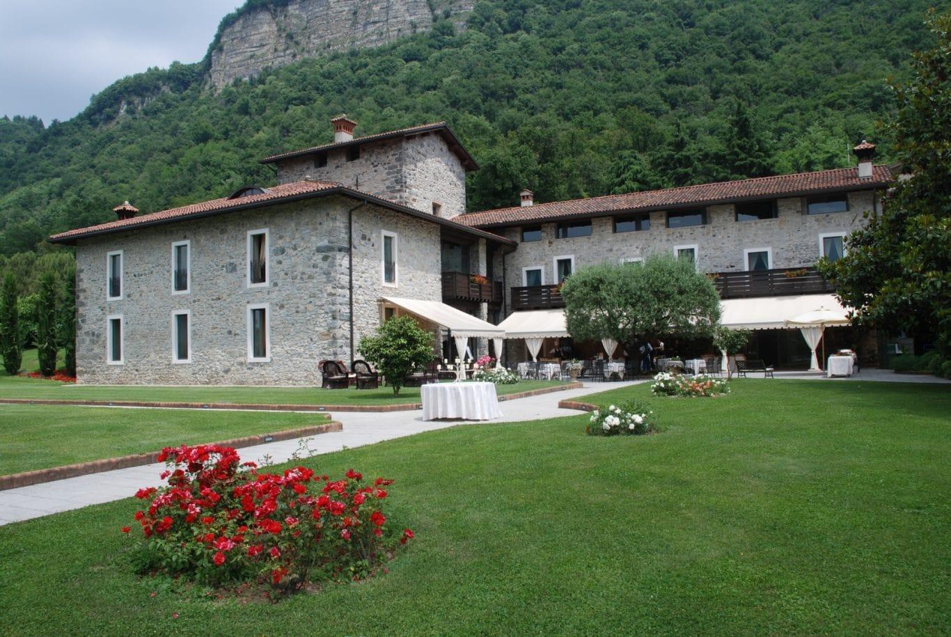 Matrimonio In Lombardia : Casa forte di bisone cisano bergamasco bergamo area