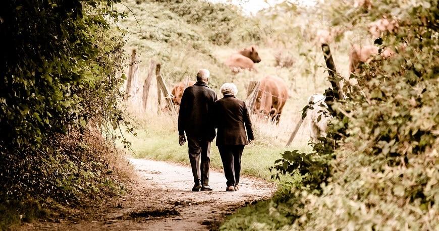 Anniversario 60 Anni Matrimonio.Nozze Di Diamante La Festa Per I 60 Anni Di Matrimonio