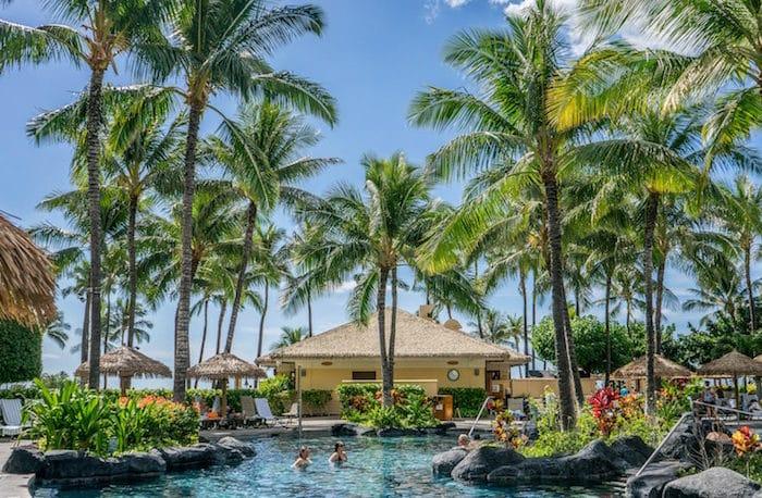 Come organizzare una festa hawaiana: consigli e idee
