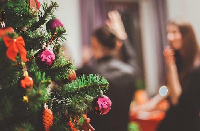 Festa di Natale aziendale o cena natalizia? Idee per l'evento